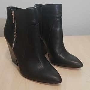 BCBG  generation black booties block heel size 10